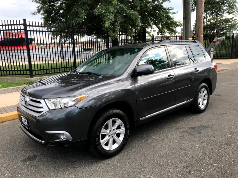 2011 Toyota Highlander AWD LEATHER SUNROOF w/BACKUP CAMERA