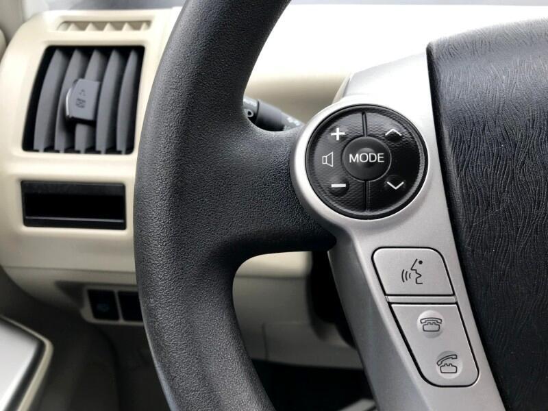 2012 Toyota Prius V FIVE LEATHER NAVIGATION w/BACKUP CAMERA