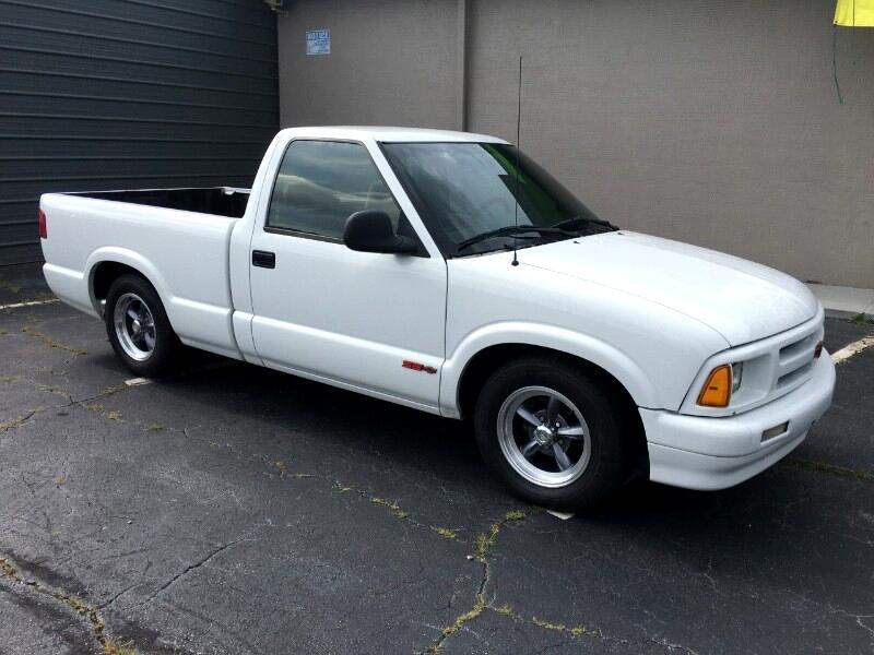 Chevrolet S10 Pickup Reg. Cab Short Bed 2WD 1995