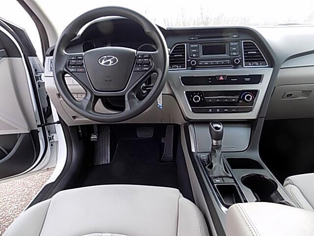 Hyundai Sonata SE 2016