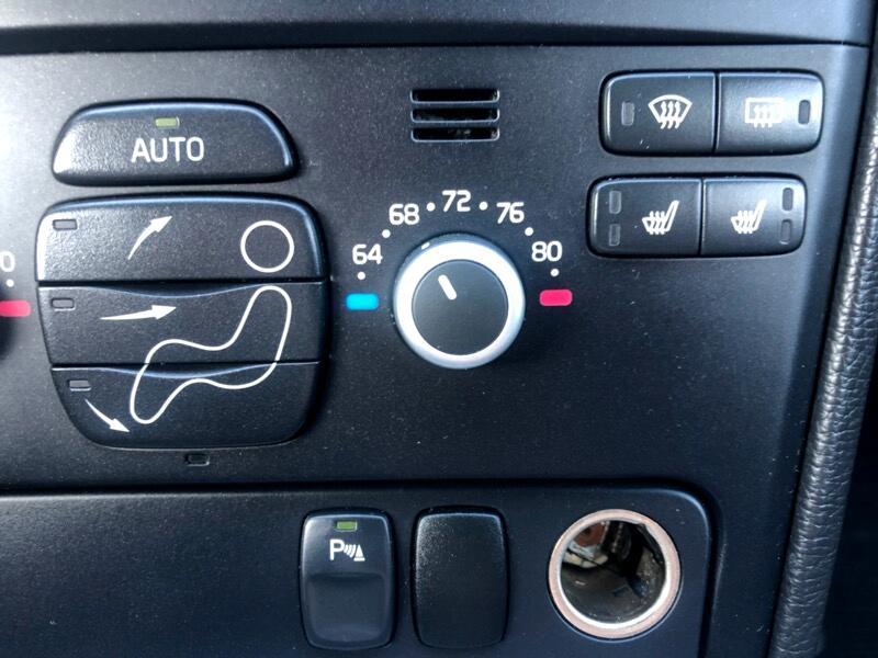 2010 Volvo XC90 3.2 R-Design AWD