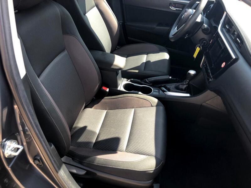 2018 Toyota Corolla 4dr Sdn Auto LE (Natl)