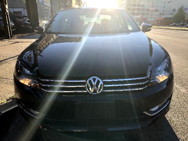 2015 Volkswagen Passat 2.0L TDI SE AT