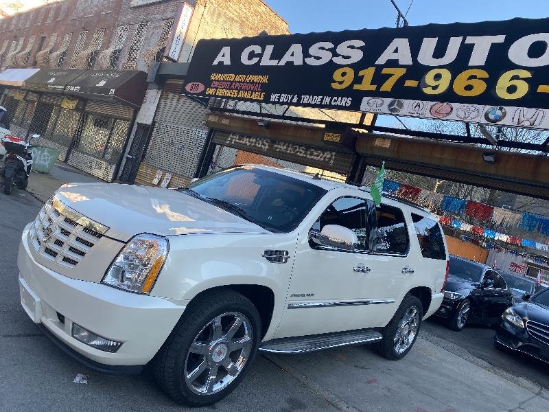 Cadillac Escalade AWD Luxury 2012
