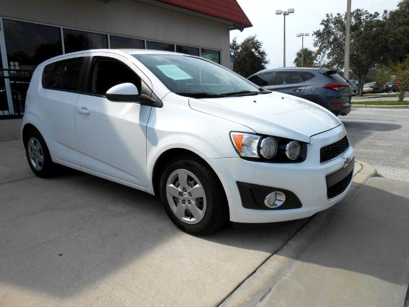2015 Chevrolet Sonic LS Auto 5-Door