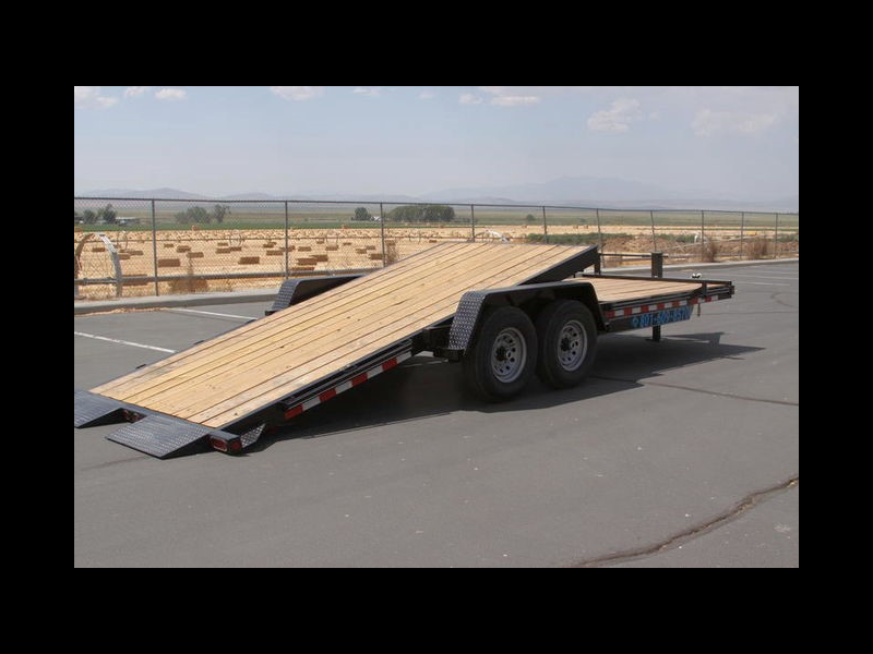 2019 Trailer Universal 22 FT TILT DECK