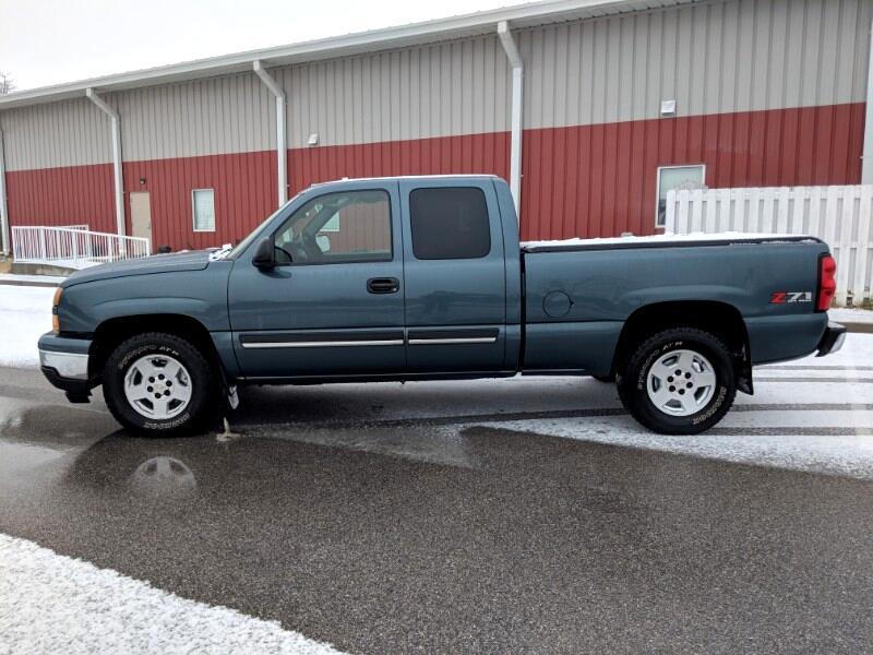 2006 Chevrolet Silverado 1500 LS Ext. Cab 4WD