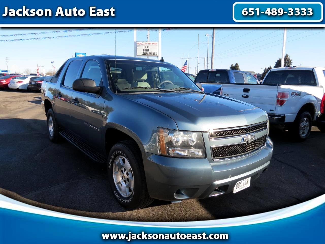 "2009 Chevrolet Avalanche 4WD Crew Cab 130"" LS"