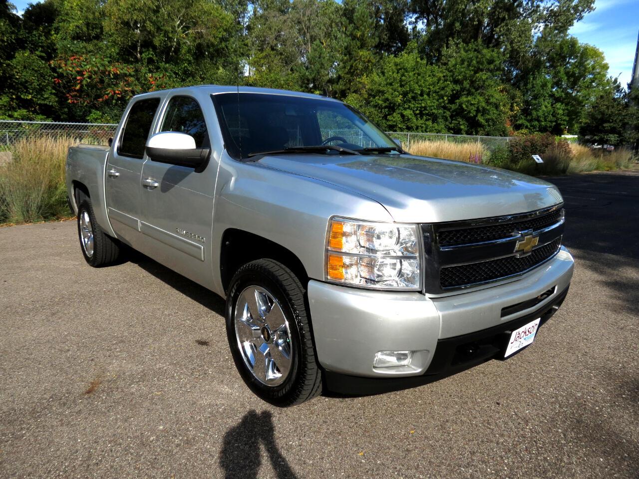 """2011 Chevrolet Silverado 1500 4WD Crew Cab 143.5"""" LTZ"""