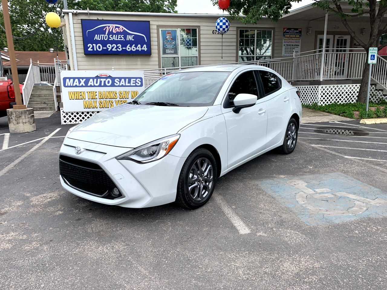2019 Toyota Yaris Sedan XLE Auto (Natl)