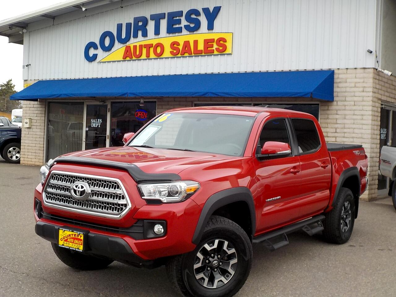2016 Toyota Tacoma 4WD Double Cab V6 MT TRD Off Road (Natl)