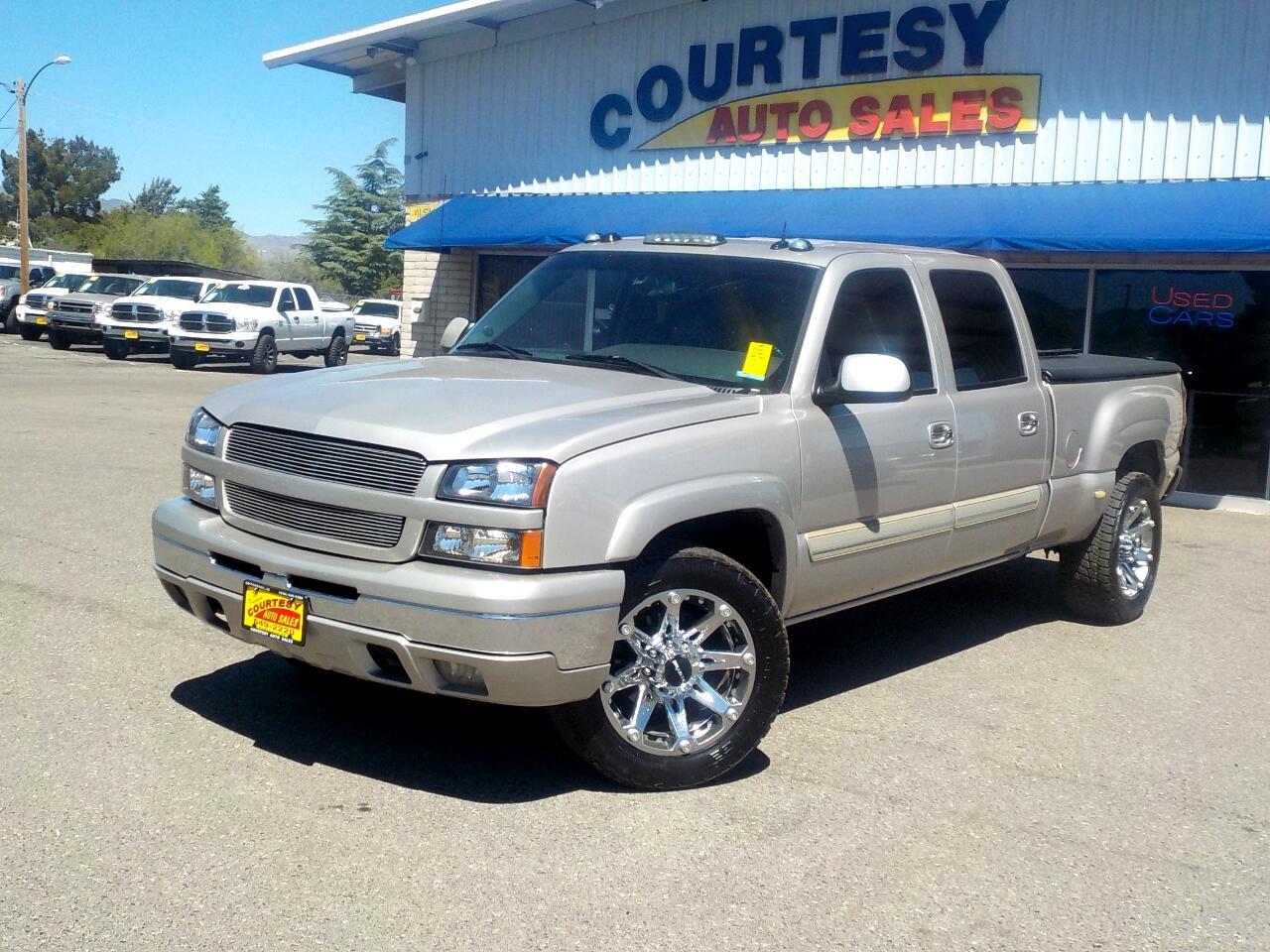 2004 Chevrolet Silverado 2500 Crew Cab Crew Cab 153.0