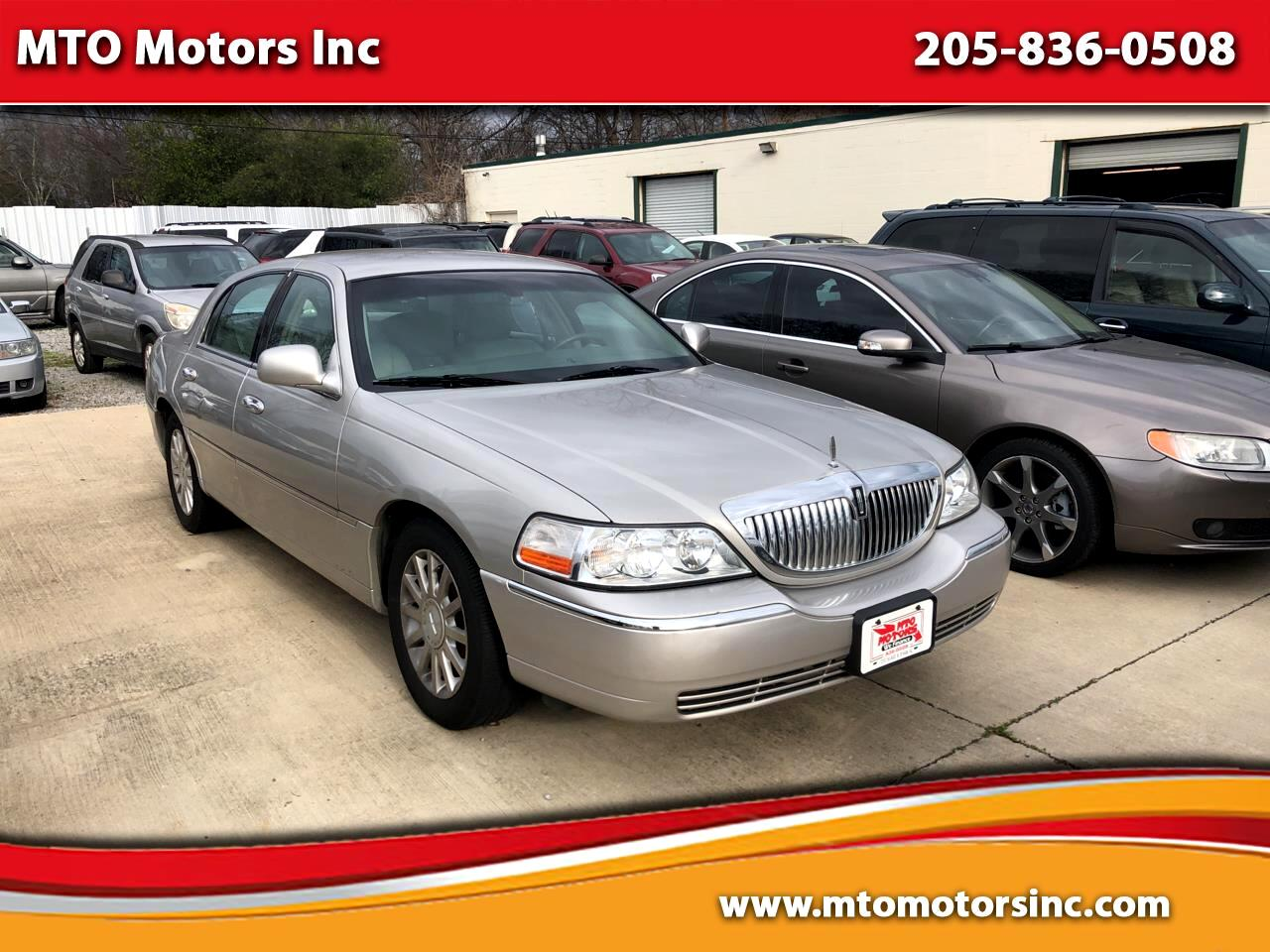 Lincoln Town Car Signature 2007