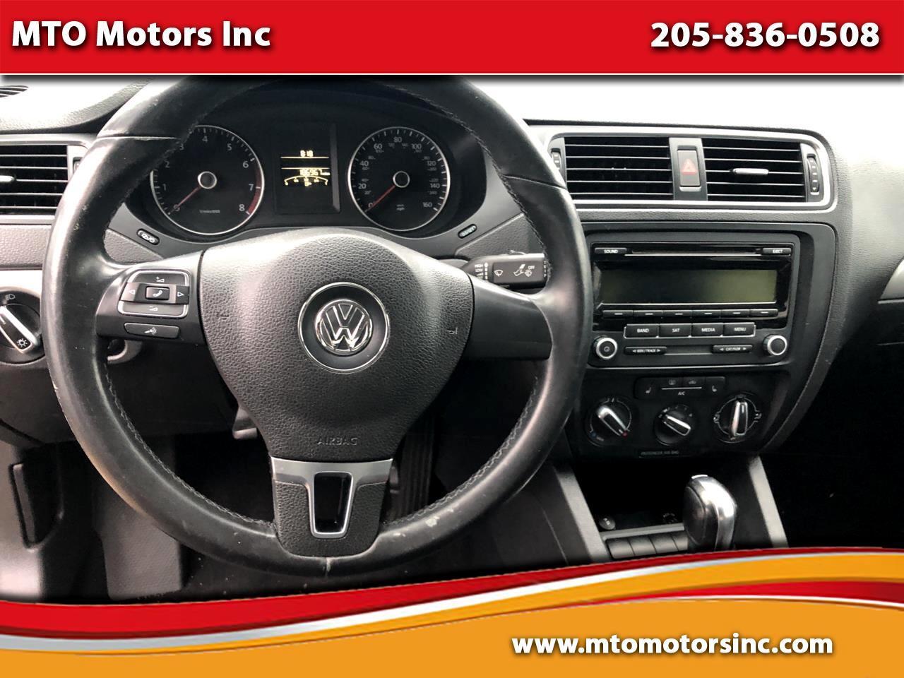 Volkswagen Jetta SE 2013