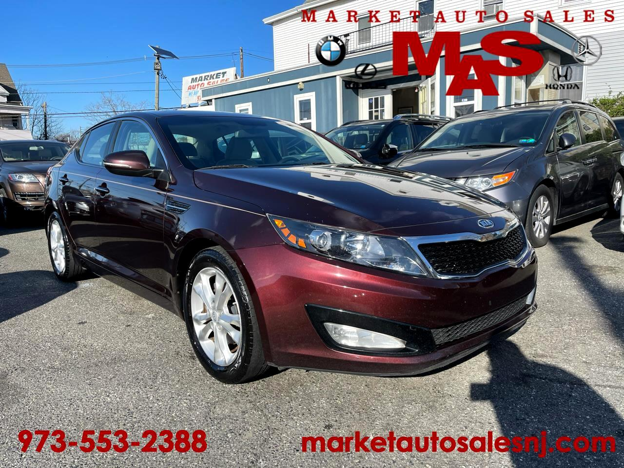 Kia Optima LX MT 2012