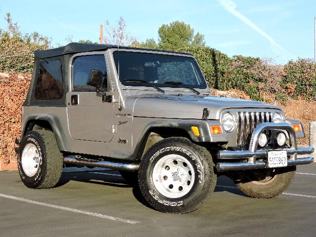 2002 Jeep Wrangler 4WD 2dr Sport