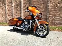 2015 Harley-Davidson FLHXS