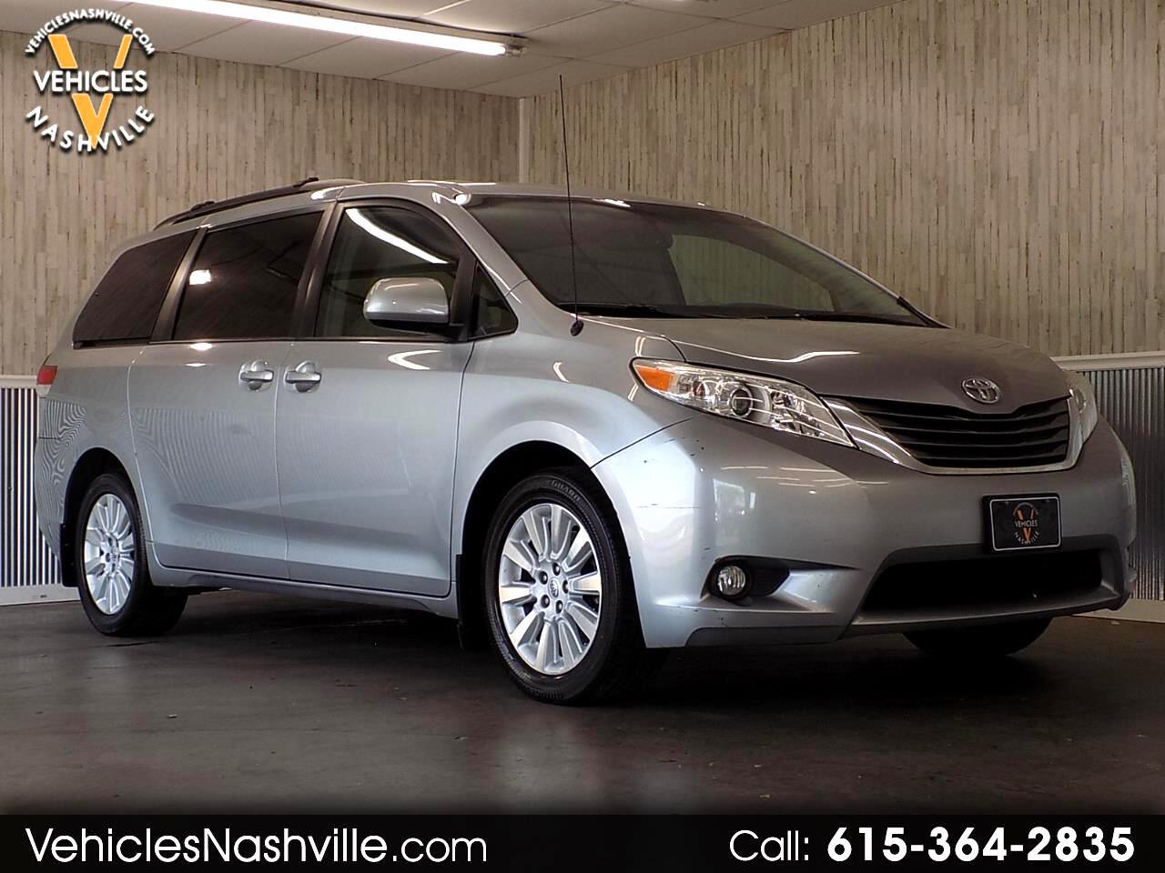 2013 Toyota Sienna XLE 7-Passenger AWD