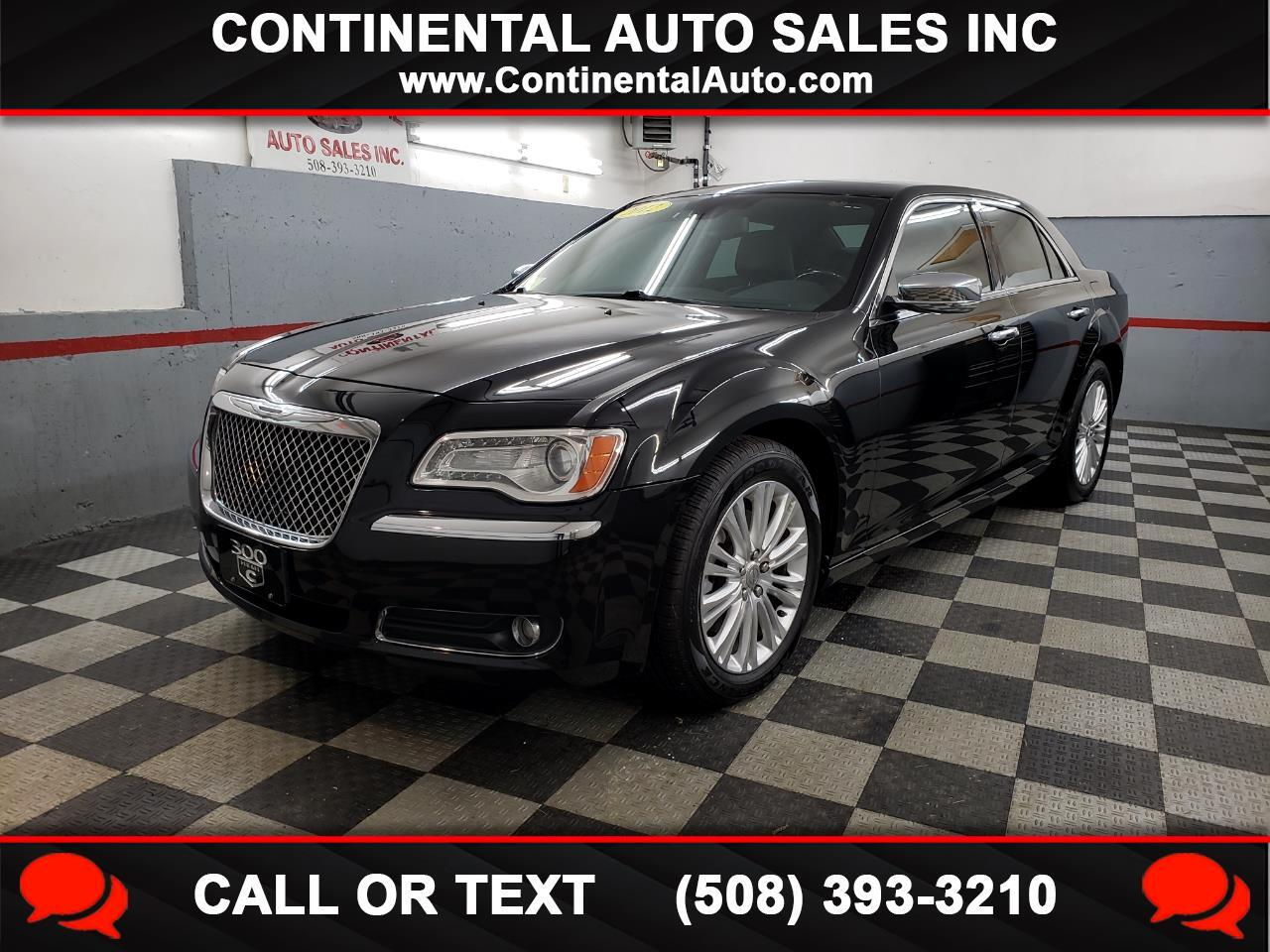 Chrysler 300 4dr Sdn V8 300C AWD 2012