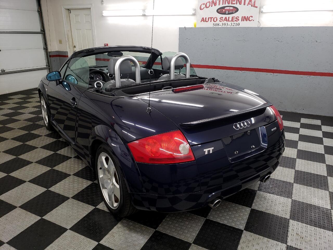 2002 Audi TT 2dr Roadster quattro 6-Spd