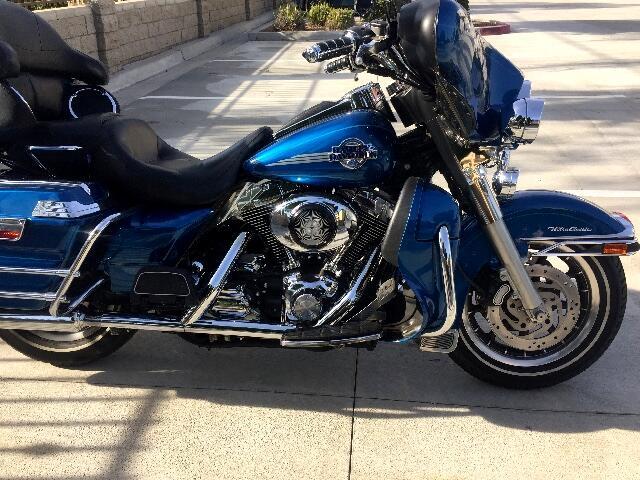 2005 Harley-Davidson FLHTCUI