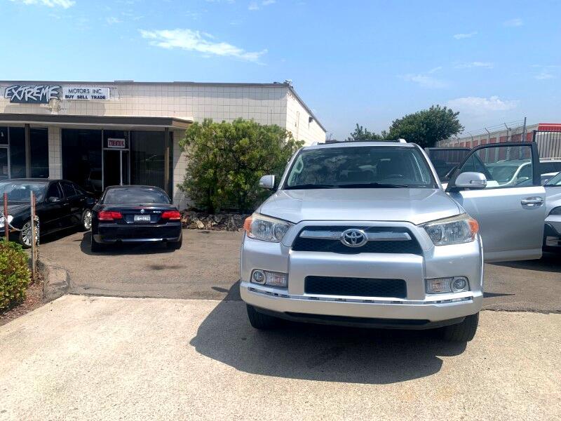 Toyota 4Runner SR5 2WD 2011