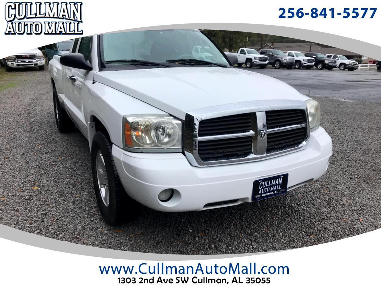"Dodge Dakota 2WD Club Cab 131"" SLT 2007"