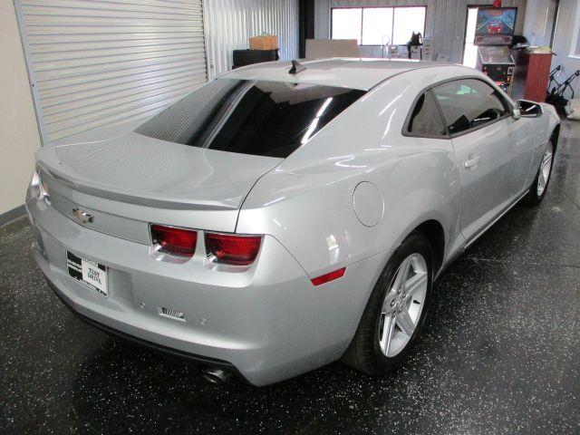 Chevrolet Camaro Coupe 1LT 2012