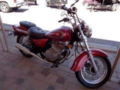 2001 Suzuki GZ250
