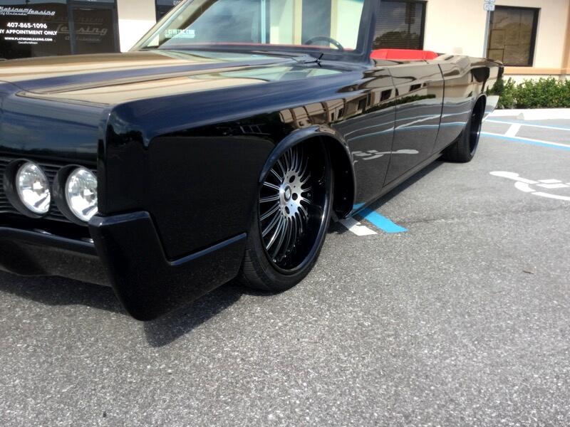 1967 Lincoln Continental Restomod