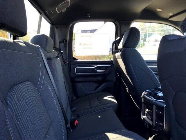 """RAM 1500 Big Horn/Lone Star 4x4 Quad Cab 6'4"""" Box 2019"""