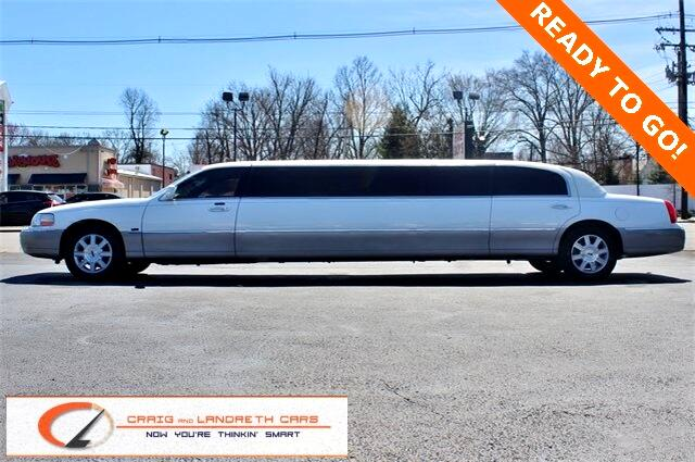Lincoln Town Car 4dr Sdn Executive w/Limousine Pkg 2008