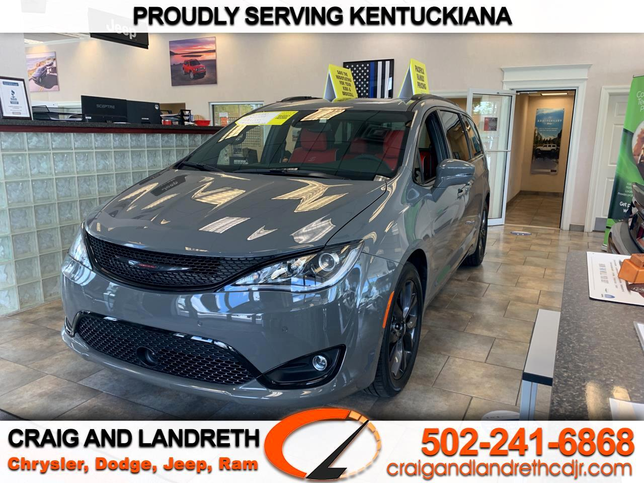 Chrysler Pacifica Red S FWD 2020