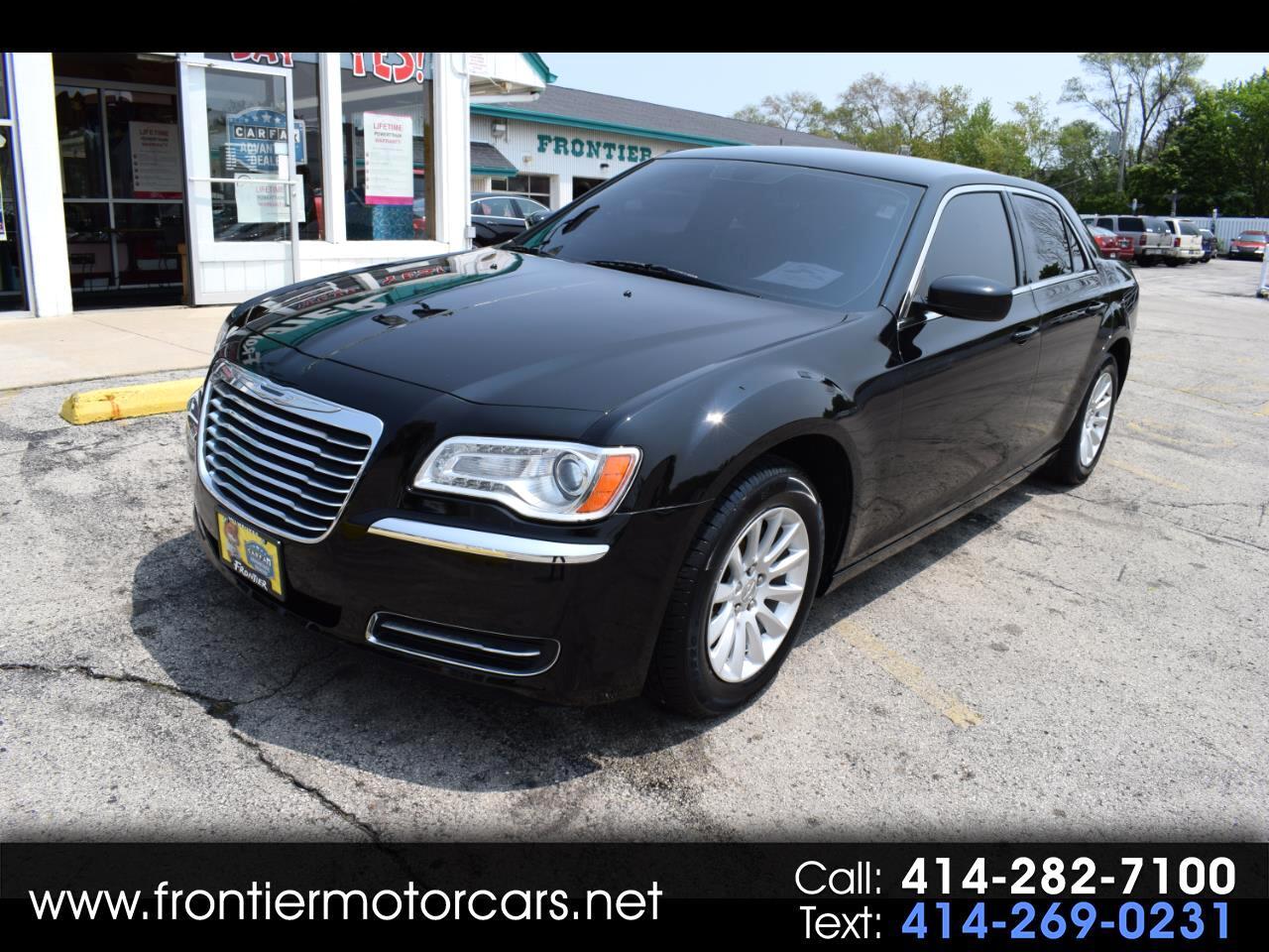 2013 Chrysler 300 4dr Sdn RWD