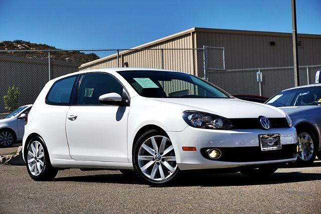2011 Volkswagen Golf 2.0L 2-Door TDI