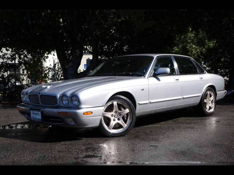 2001 Jaguar XJ-Series XJR