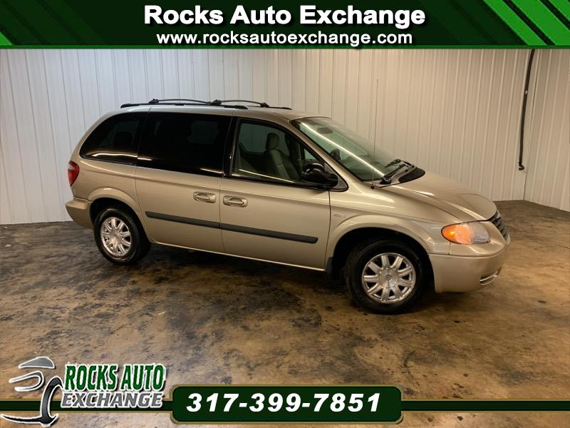 Chrysler Town & Country SWB  2005