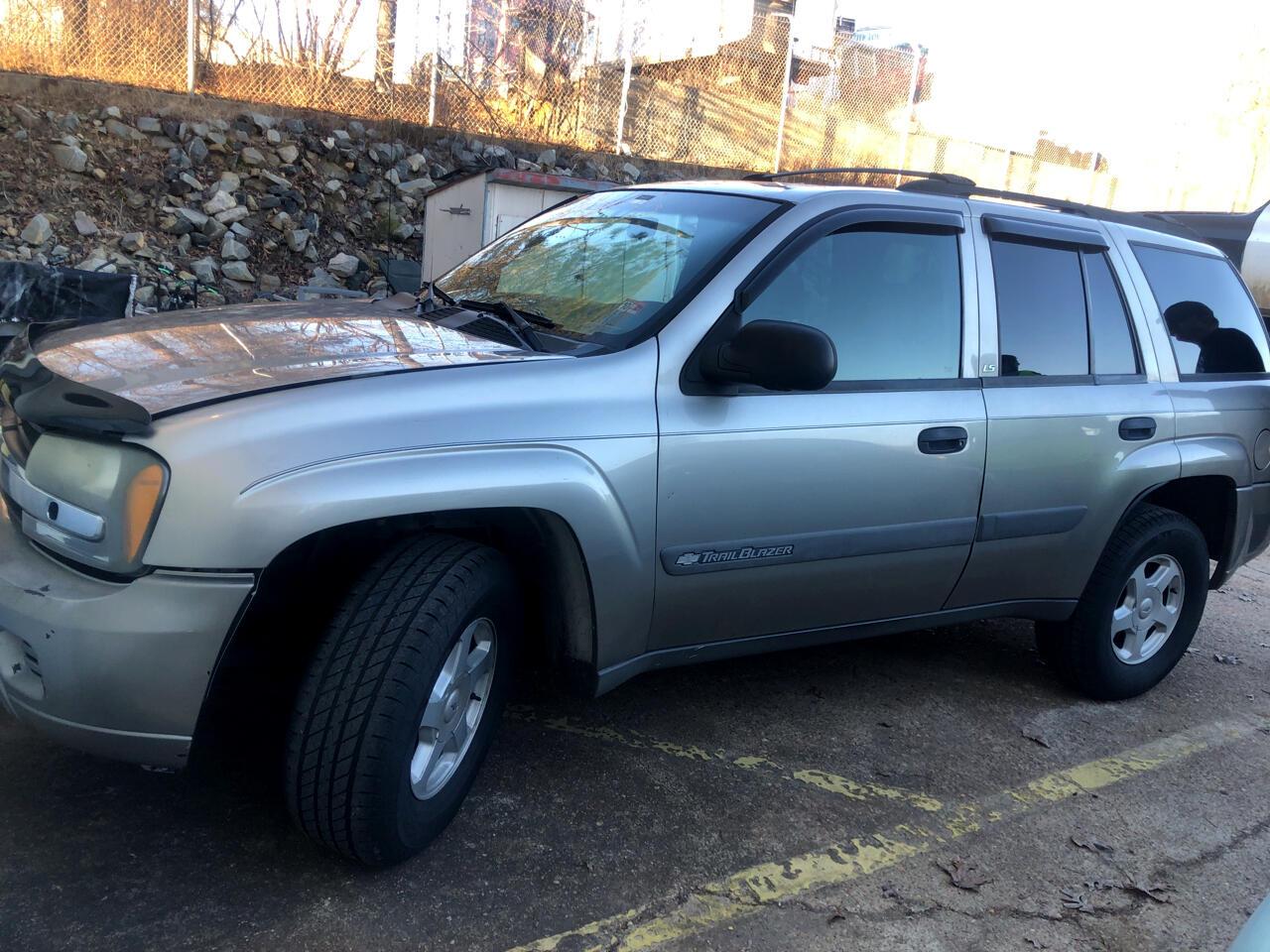 Chevrolet TrailBlazer LS 2WD 2003