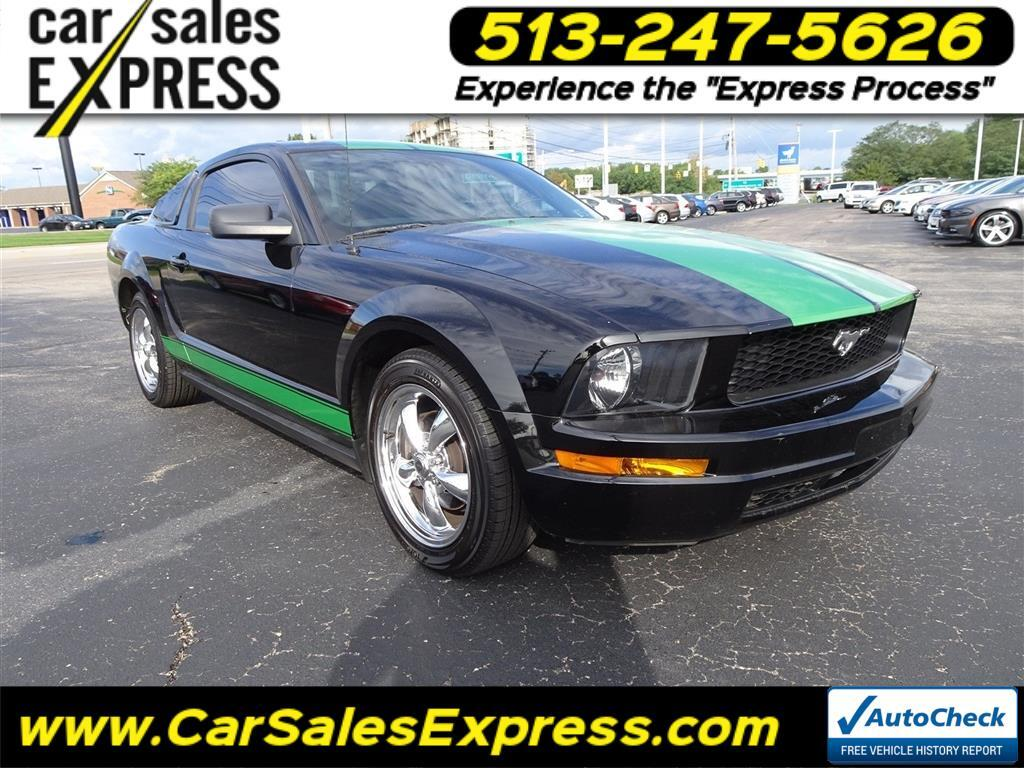 2005 Ford Mustang Deluxe
