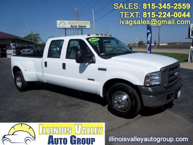 2005 Ford F-350 SD Crew Cab Long Bed 2WD DRW