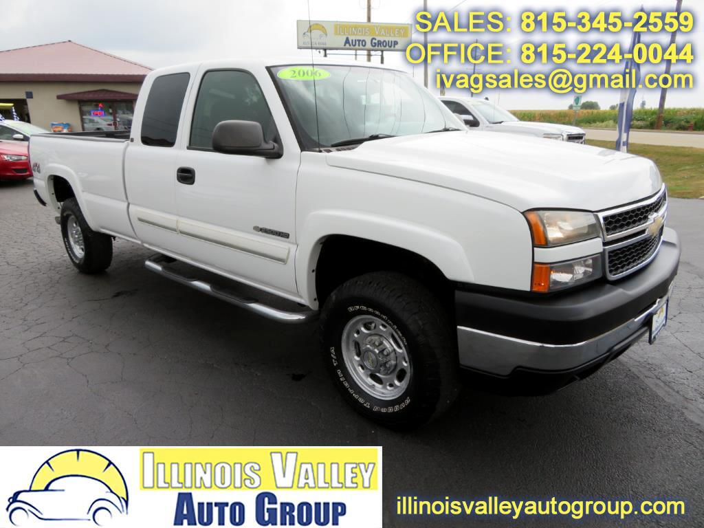 2006 Chevrolet Silverado 2500HD LT Ext. Cab Long Bed 4WD