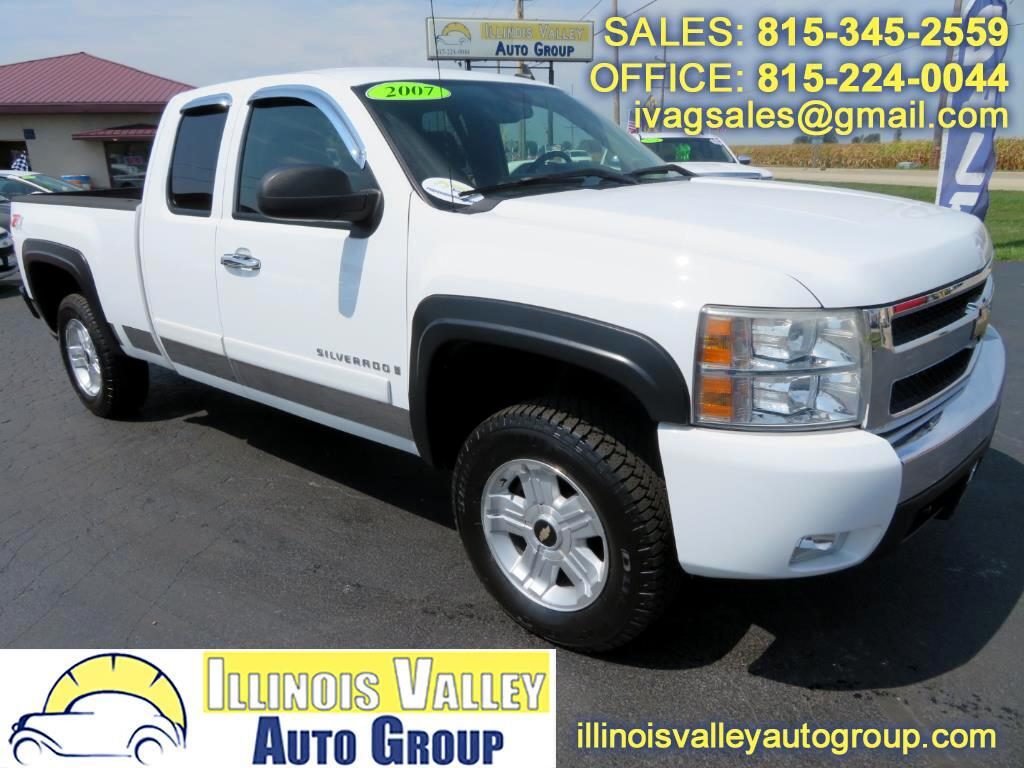 2007 Chevrolet Silverado 1500 1LT Ext. Cab Short Bed 4WD Z71