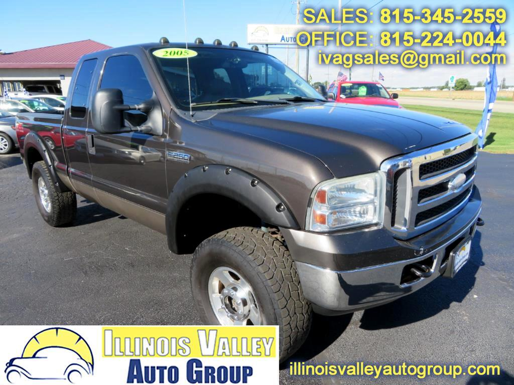 2005 Ford F-250 SD Lariat SuperCab Short Bed 4WD