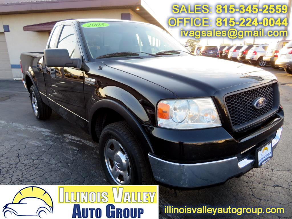 2005 Ford F-150 XLT Reg Cab Short Bed 2WD Manual