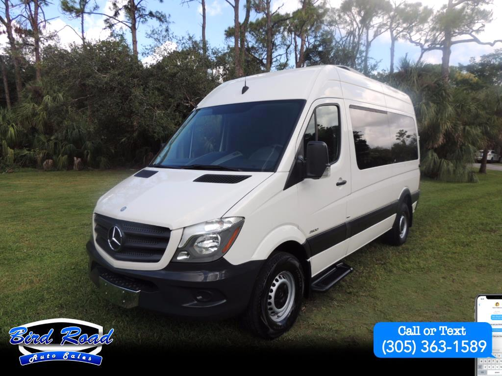 2014 Mercedes-Benz Sprinter 2500 Passenger Van High Roof 144-in. WB