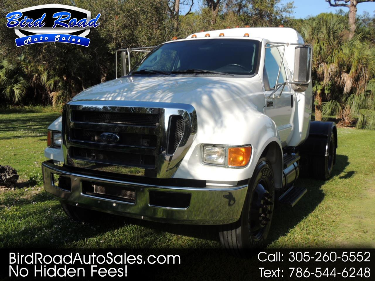 Ford Super Duty F-750 Straight Frame Reg Cab XLT 2015
