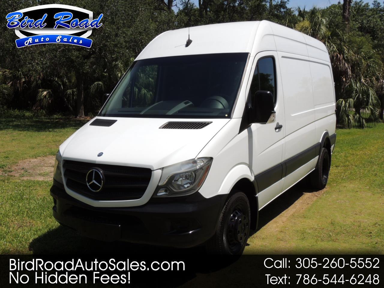 "Mercedes-Benz Sprinter Cargo Vans RWD 3500 144"" 2015"