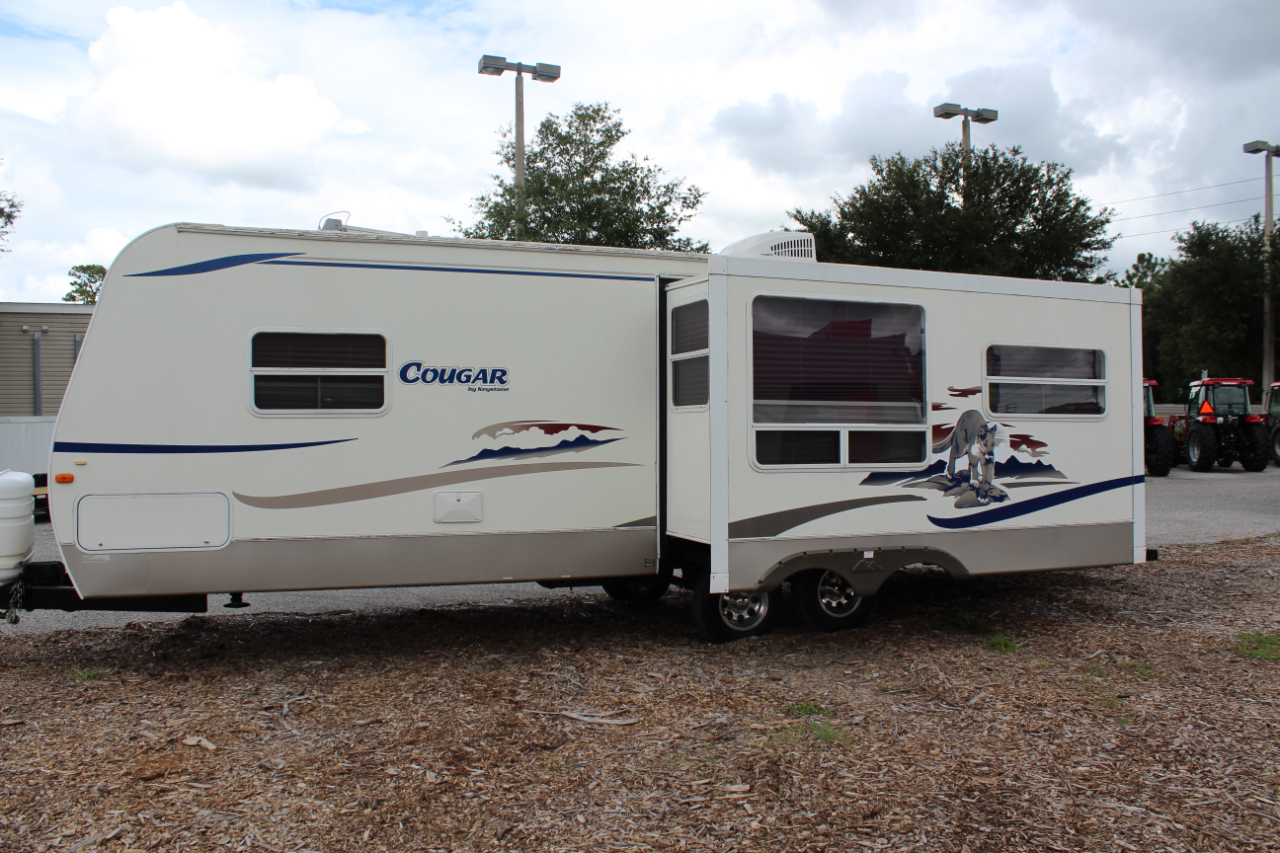 2005 Keystone RV Cougar 294 WITH SLIDE OUT