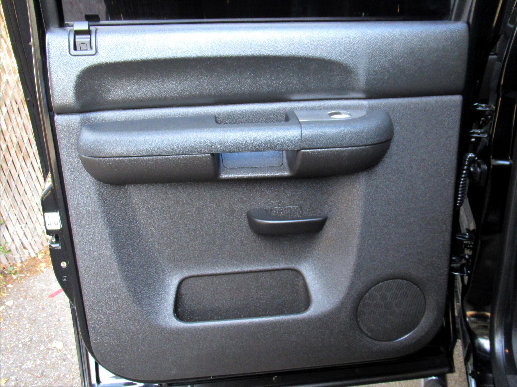 2013 Chevrolet Silverado 1500 2WD Crew Cab 143.5