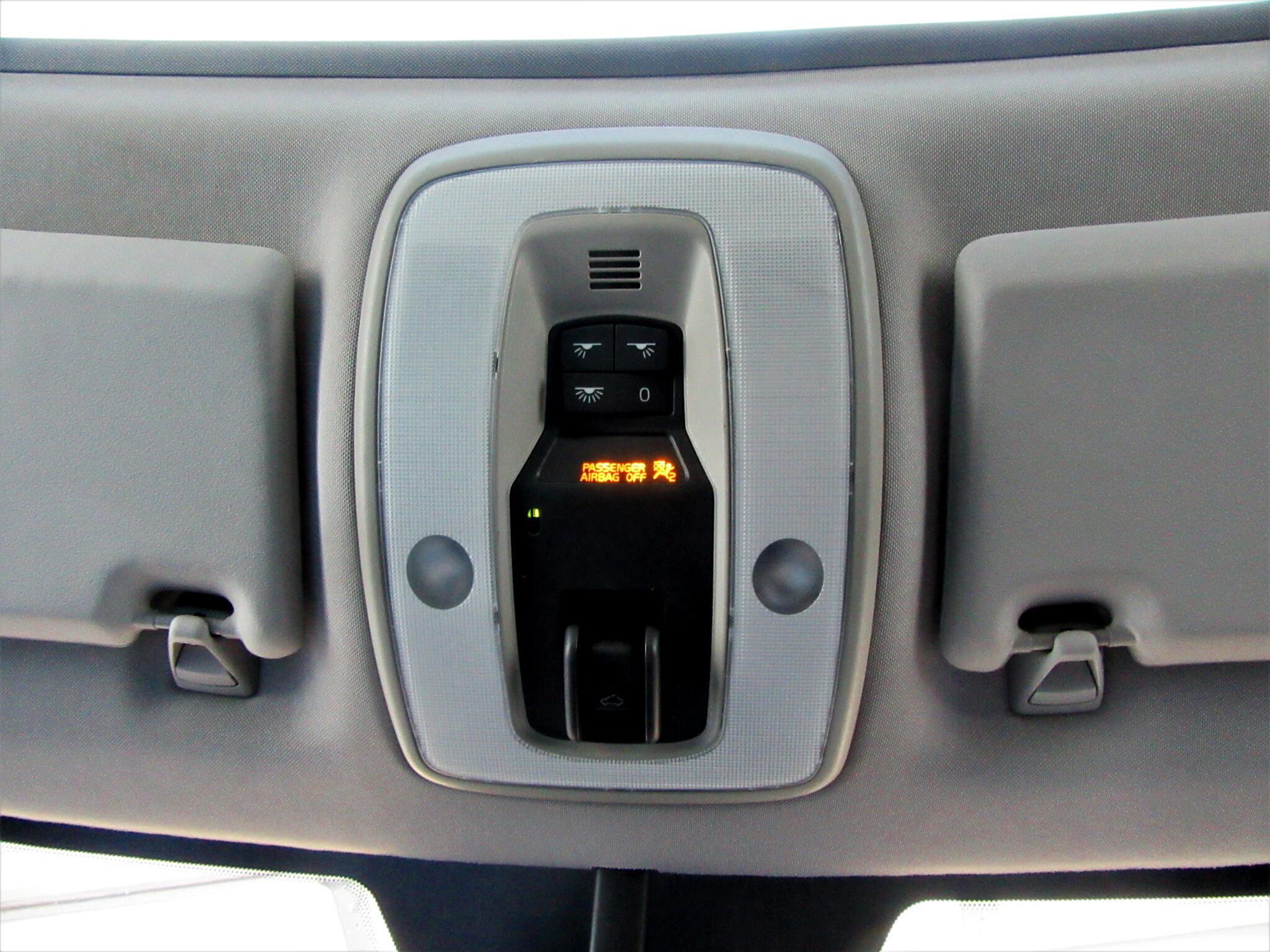 2009 Volvo C30 2dr Cpe Auto R-Design